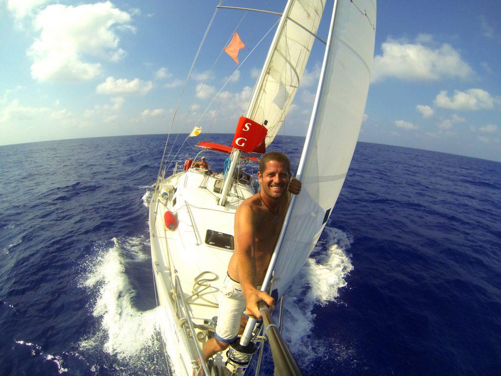 סקיפר בהפלגה לקפריסין